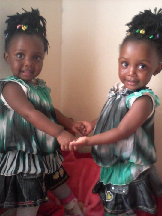 Diana Chelele identical twins 1