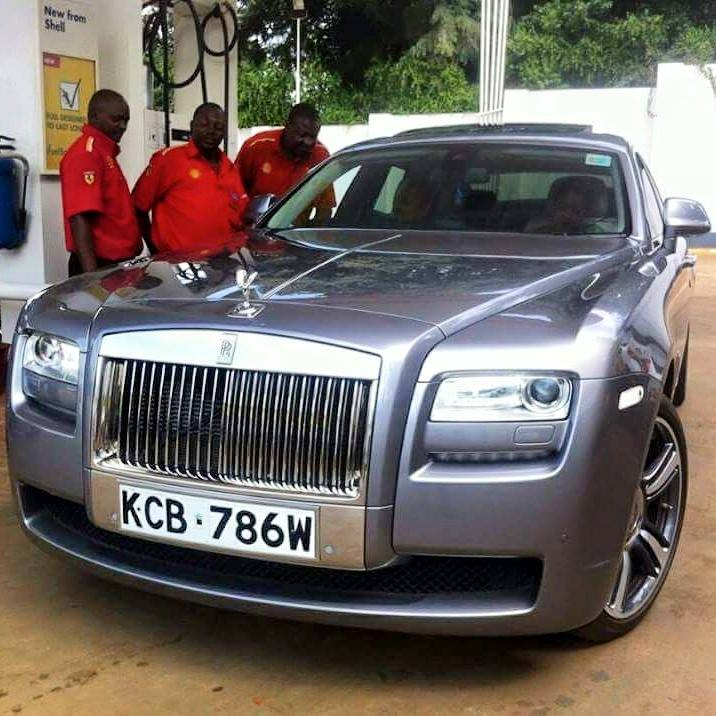 kenyan 'pimps' chrysler to look like a rolls royce phantom (photo)