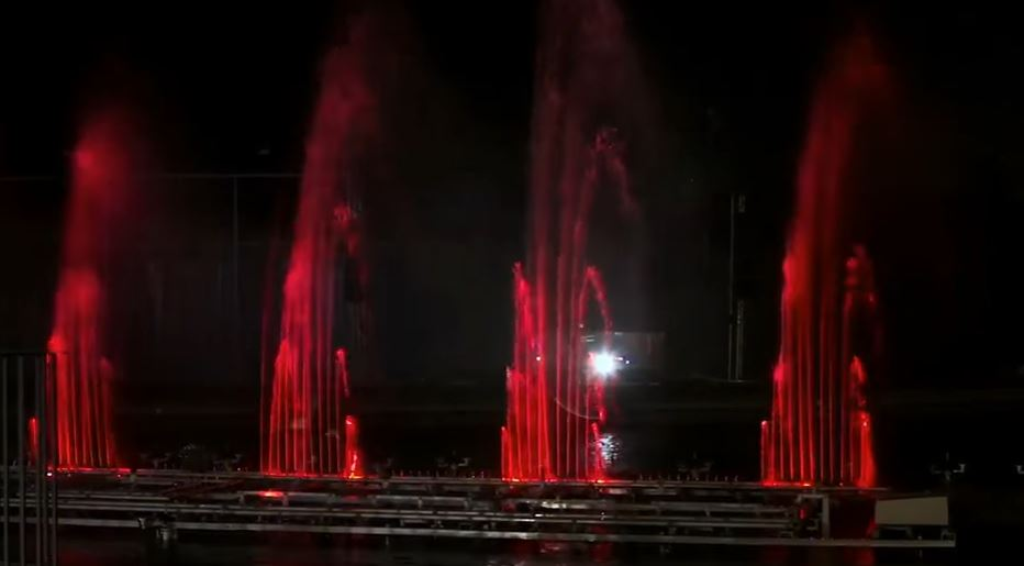 VIDEO: The Dancing Fountains at Two Rivers are Complete and They ...