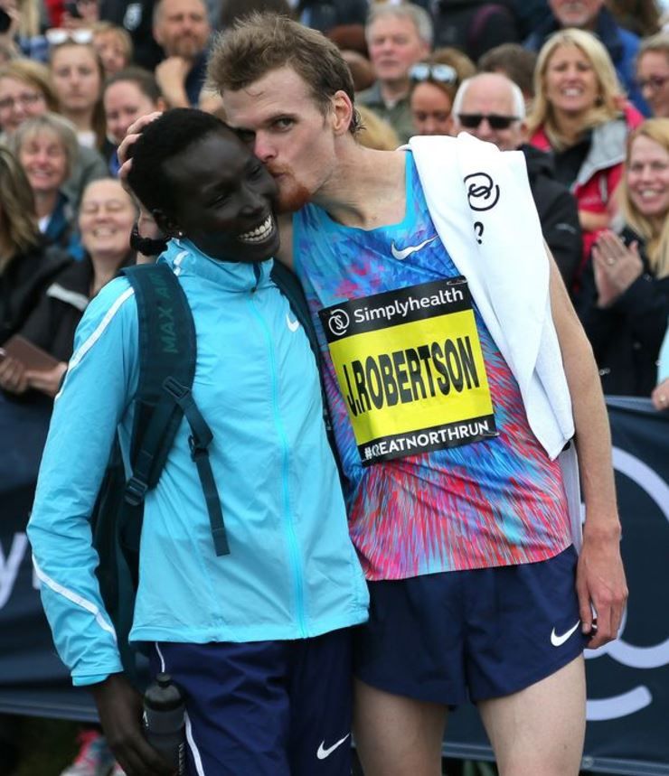 New Zealand Runner Proposes to Kenyan Runner at the Finish Line – VIDEO