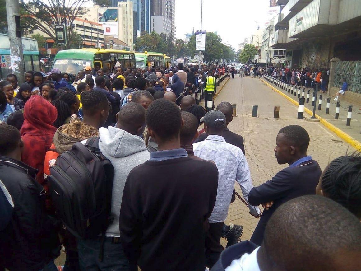 huduma1 - Moi Beats Deadline and Registers for Huduma Namba