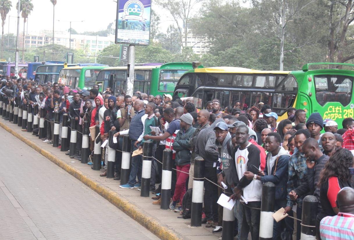 huduma3 - Moi Beats Deadline and Registers for Huduma Namba