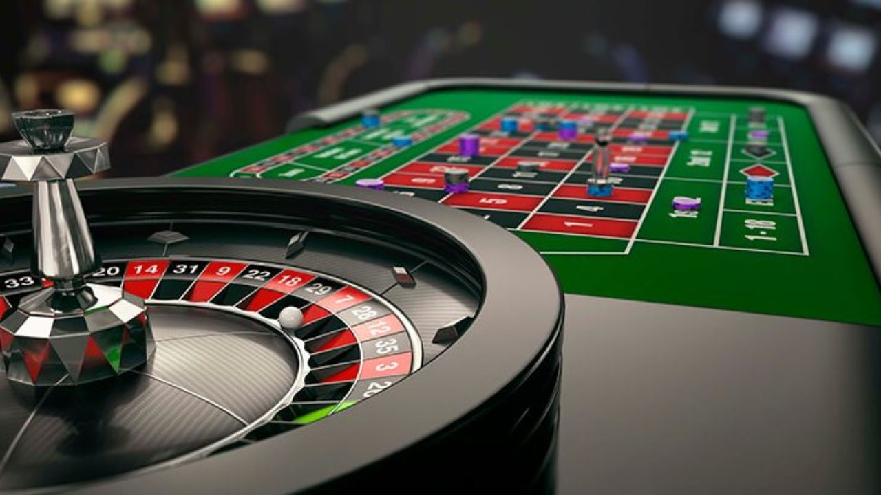 WHY ONLINE CASINOS ARE BETTER THAN GOING TO AN ACTUAL CASINO